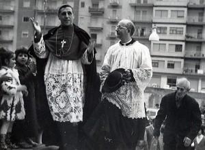 Il vescovo Giovanni Ferro e don Mario Manca